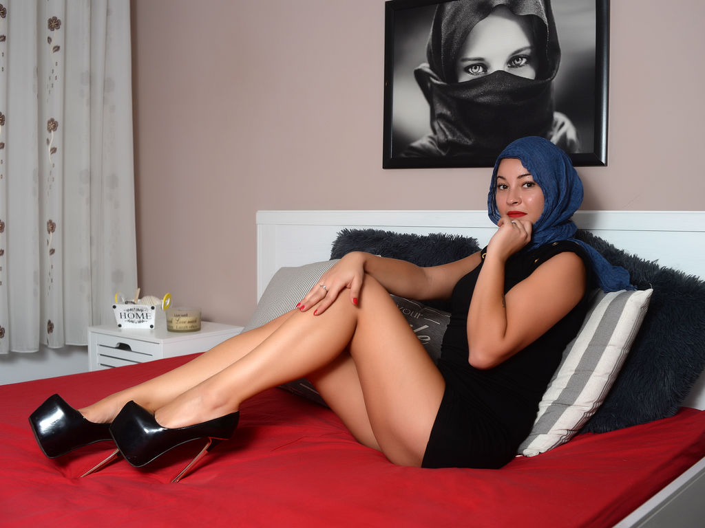 muslimlaylaa live sex chat