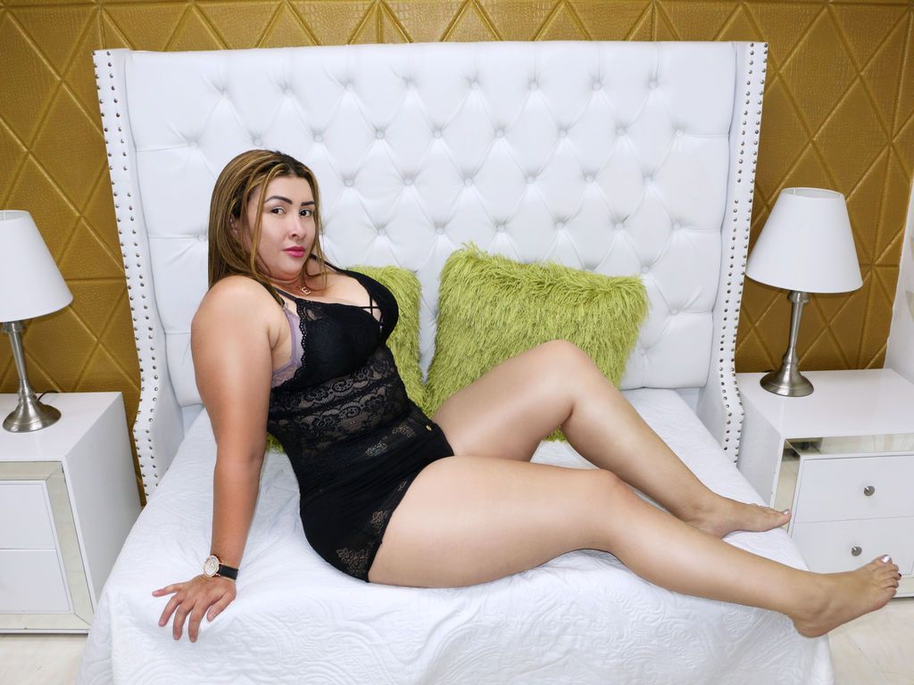 gabbycinette live sex chat