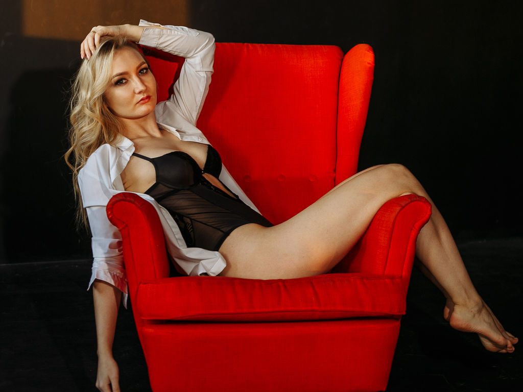 WelsieCurt direct sex chat live