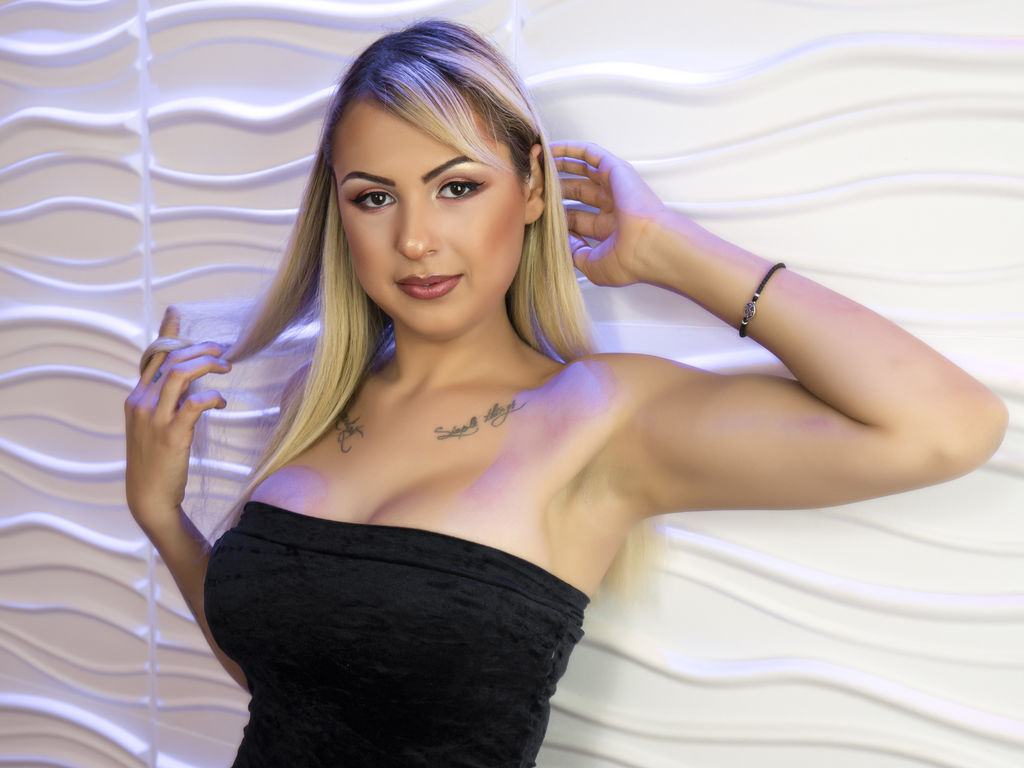 liaacheson cam chat live sex web