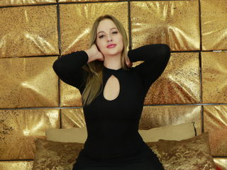 Webcam model KaterineDias from Web Night Cam