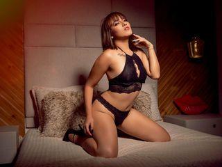 Sexy profile pic of SamanthaRoa