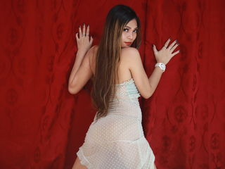 Webcam model LUXURYDOLLx from LiveJasmin