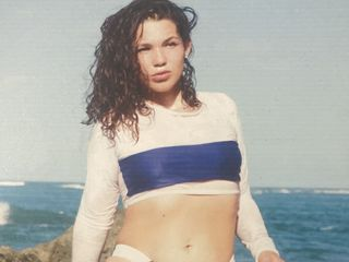 AleciaAcosta cam model profile picture