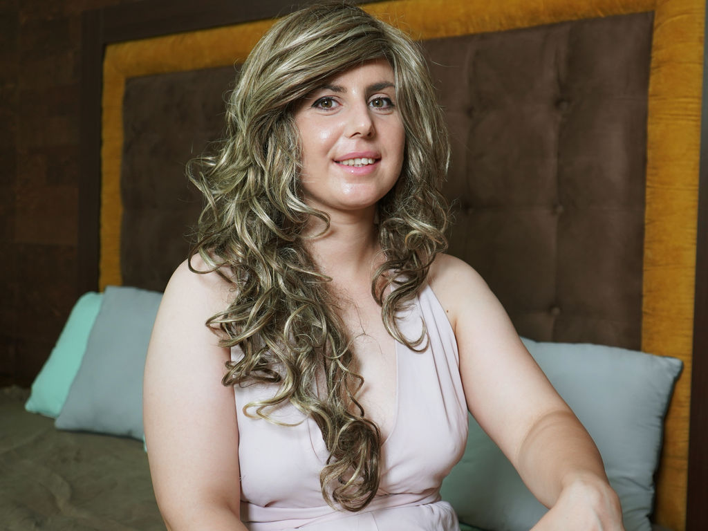 OdetteWilliam's Profile Image