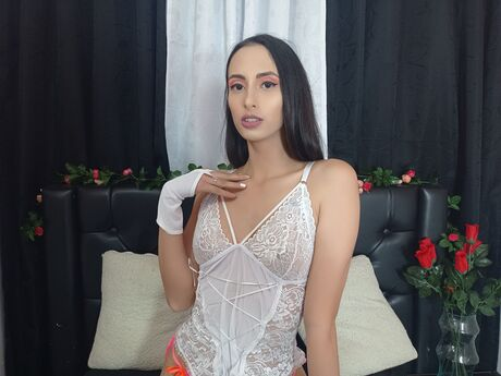 Chat with AnabelBlum