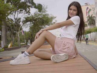 AmeliaRosalie's Picture