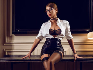 Webcam model SelenaIvy from Web Night Cam