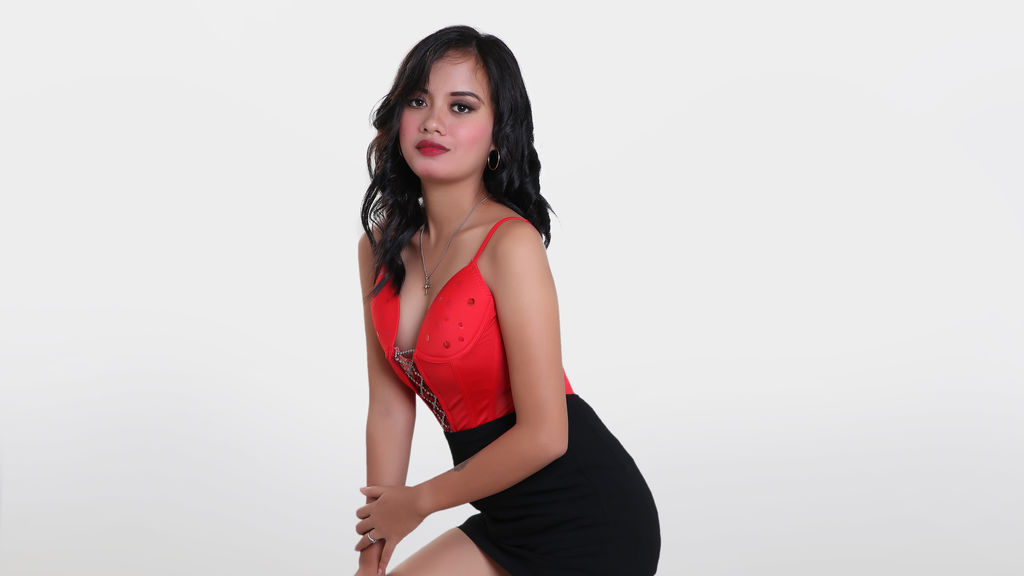 KatrinaCruz online at GirlsOfJasmin