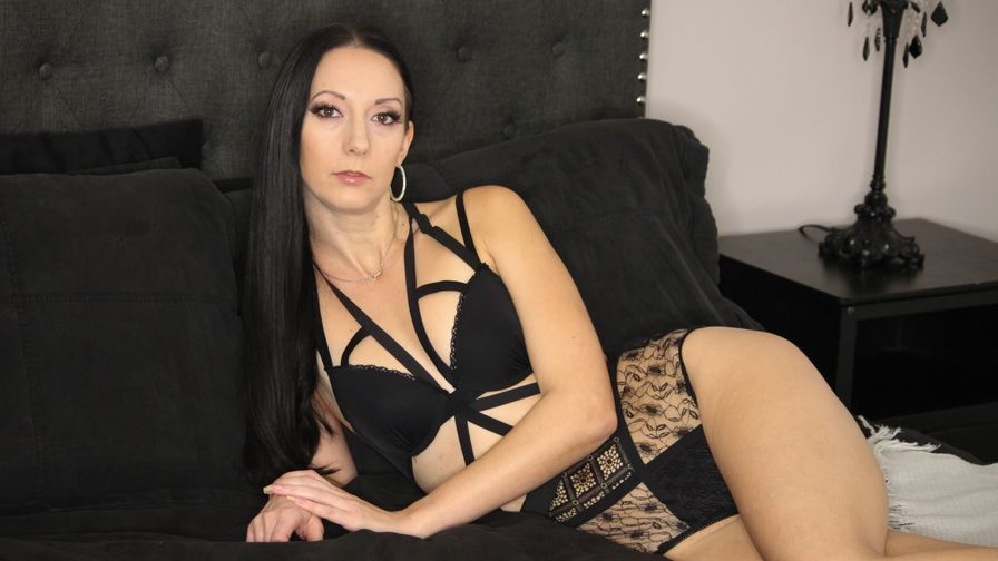 Chat with RebeccaMiler