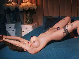 Sexy profile pic of JulyReya