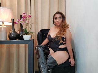 Sexy pic of SantanazZiaga