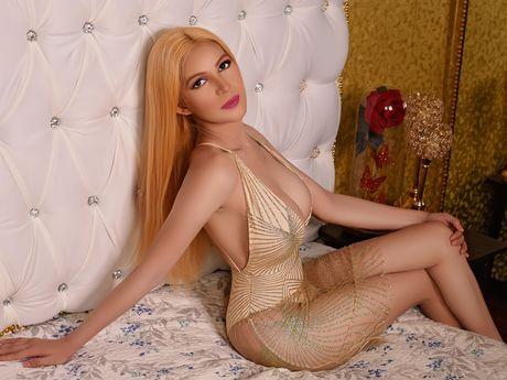 Chat with SelinaSmirnova