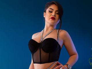 Sexy profile pic of InnaRicci