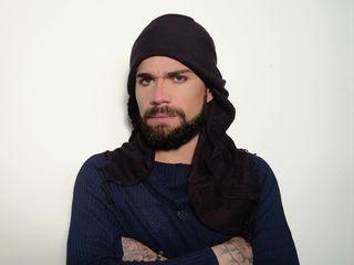 AdilLeone cam model profile picture