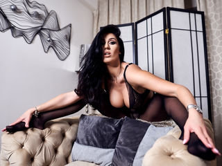 Webcam model PamelaFlowers from Web Night Cam