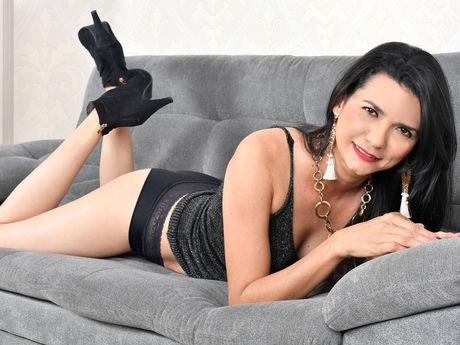 Chat with SamanthaVillar