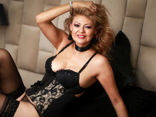 EvelynClarkson - hot and sexy Latin mail-order bride