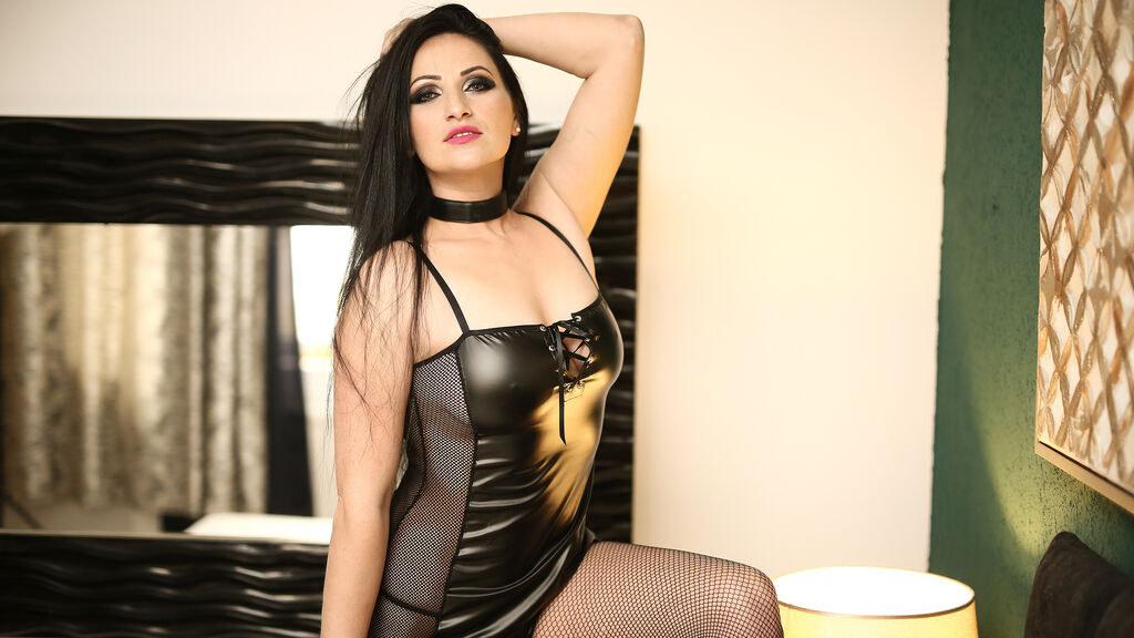Watch the sexy DaliEvans from LiveJasmin at GirlsOfJasmin