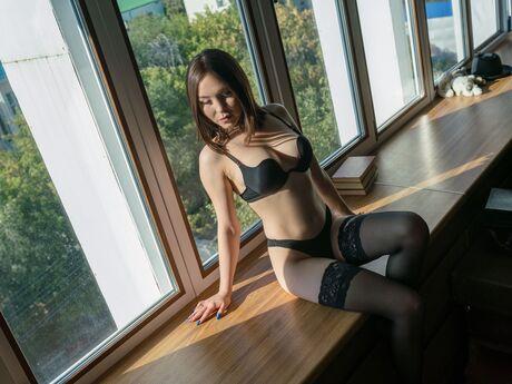 Chat with SanaFong