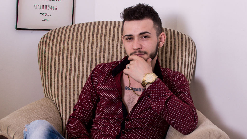 AndyHabibi webcam show