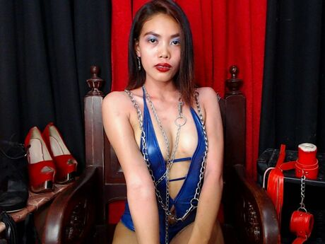 Chat with CassyMiles