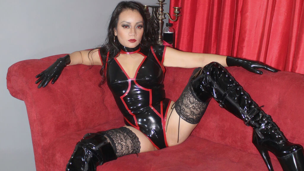 Watch the sexy ShielaBreeze from LiveJasmin at GirlsOfJasmin
