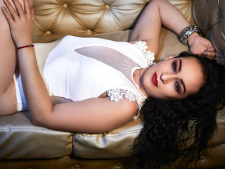Webcam model HelenDelCastillo from Web Night Cam