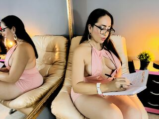 MayraVega - hot and sexy Latin mail-order bride