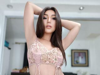 Sexy profile pic of 1AsianBella